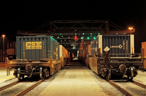 CSX capital spending to hold steady between $1 6-$1 7