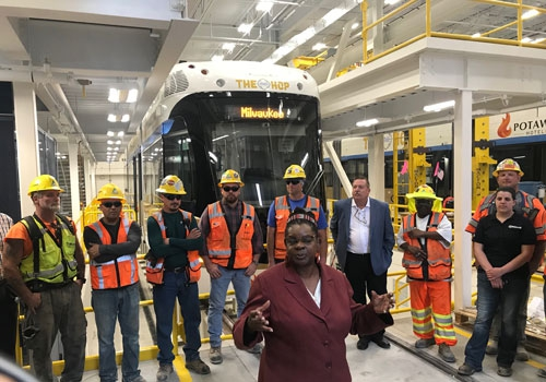 Kiewit hosts Rep  Moore for Milwaukee Streetcar project tour