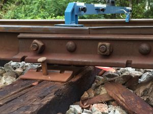Shortline maintenance track joint